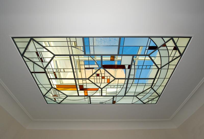 Modern art glass for an old mansion in Tongeren